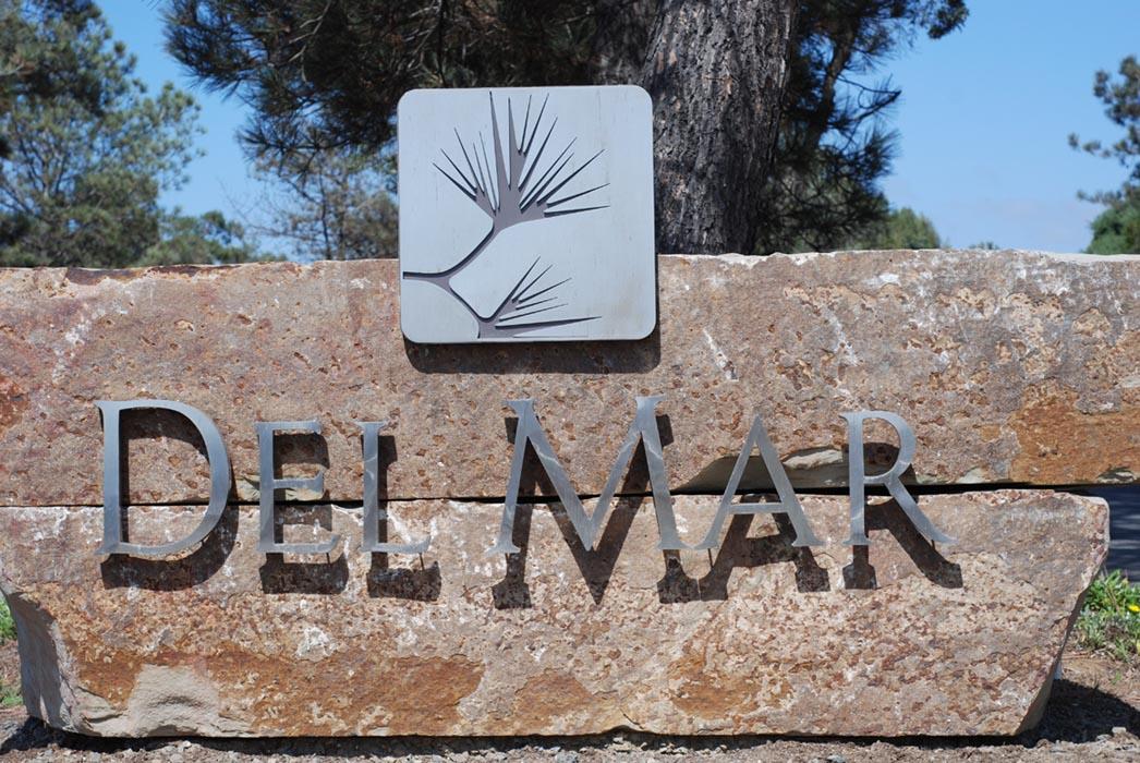 Del Mar Sign